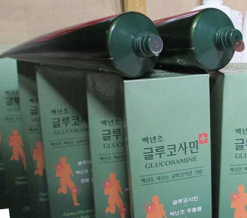 Dầu Lạnh Xoa Bóp Khớp Glucosamine Hàn Quốc 150ml