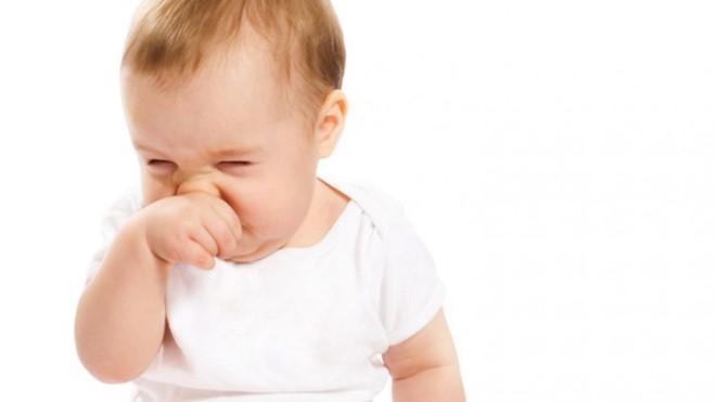 Thuốc Nhỏ Mũi Trẻ Em Otilin Lọ 8ml