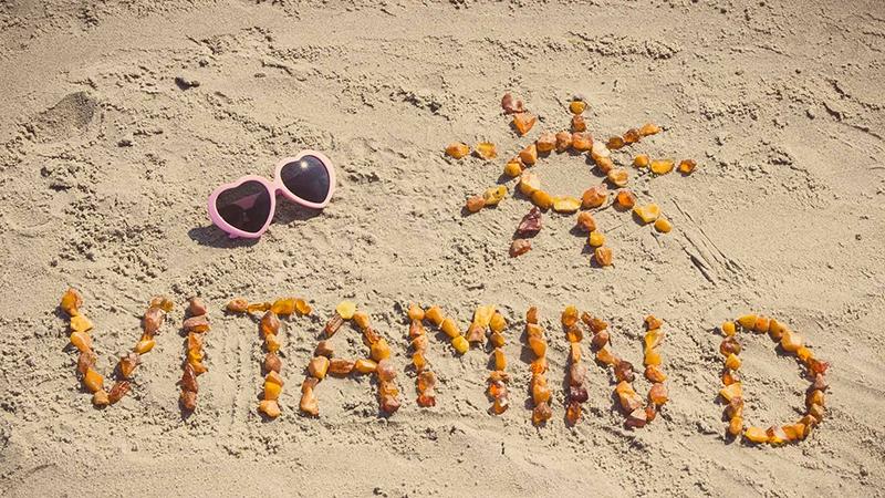 Vitamin D Cho Trẻ Loại Nào Tốt? Aquadetrim Tốt Thứ Mấy? Nên Dùng ...