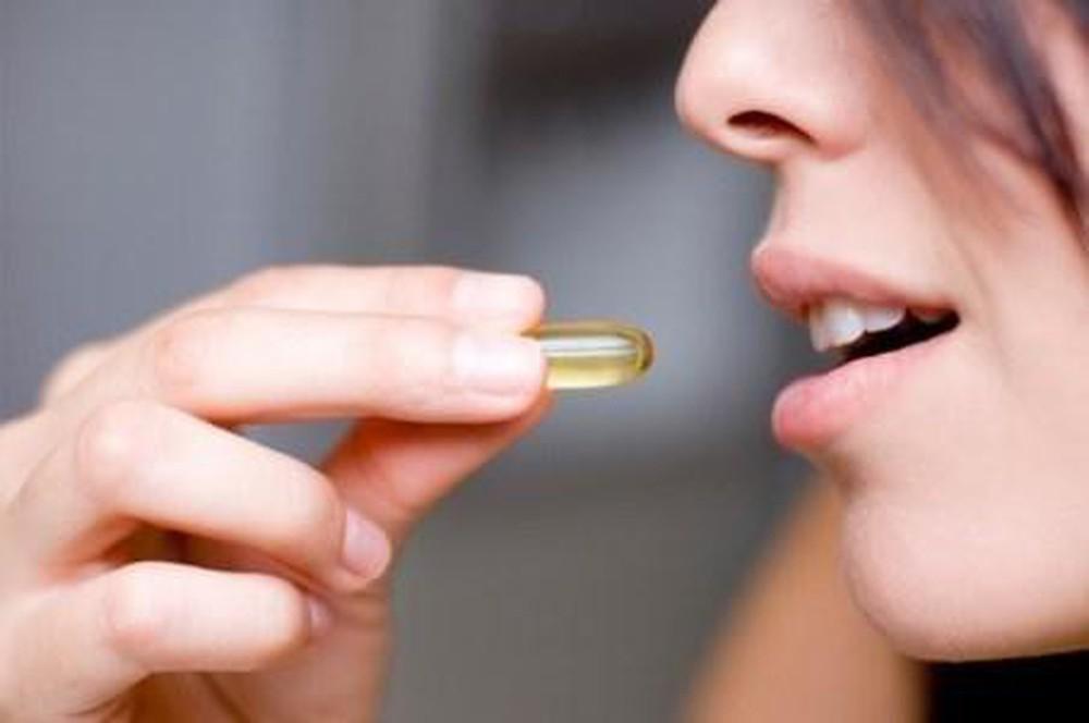 [Review] Vitamin E 400 IU Có Tốt Không? Liều Lượng Dùng Ra Sao?